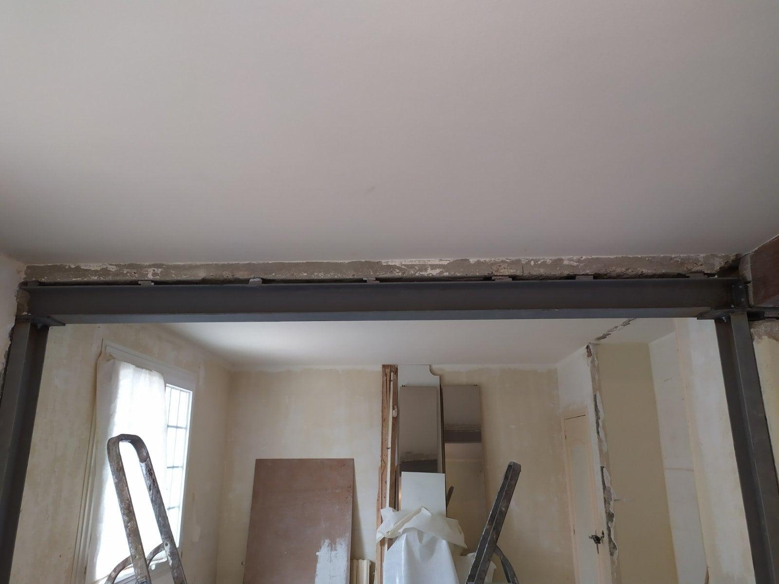 Murs porteurs - Création d'ouverture dans un mur porteur en parpaing à Nanterre. Renforcement par poteaux et poutre métallique. 4