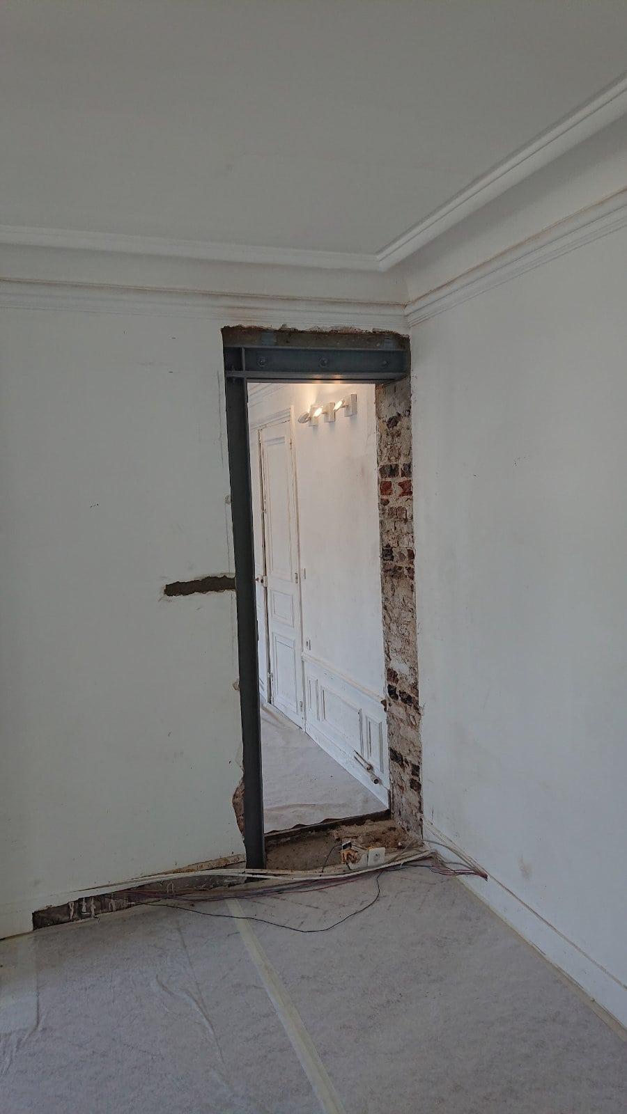Murs porteurs - Ouverture de porte dans le mur porteur à Cergy-Pontoise. Renforcement par structure métallique. 2