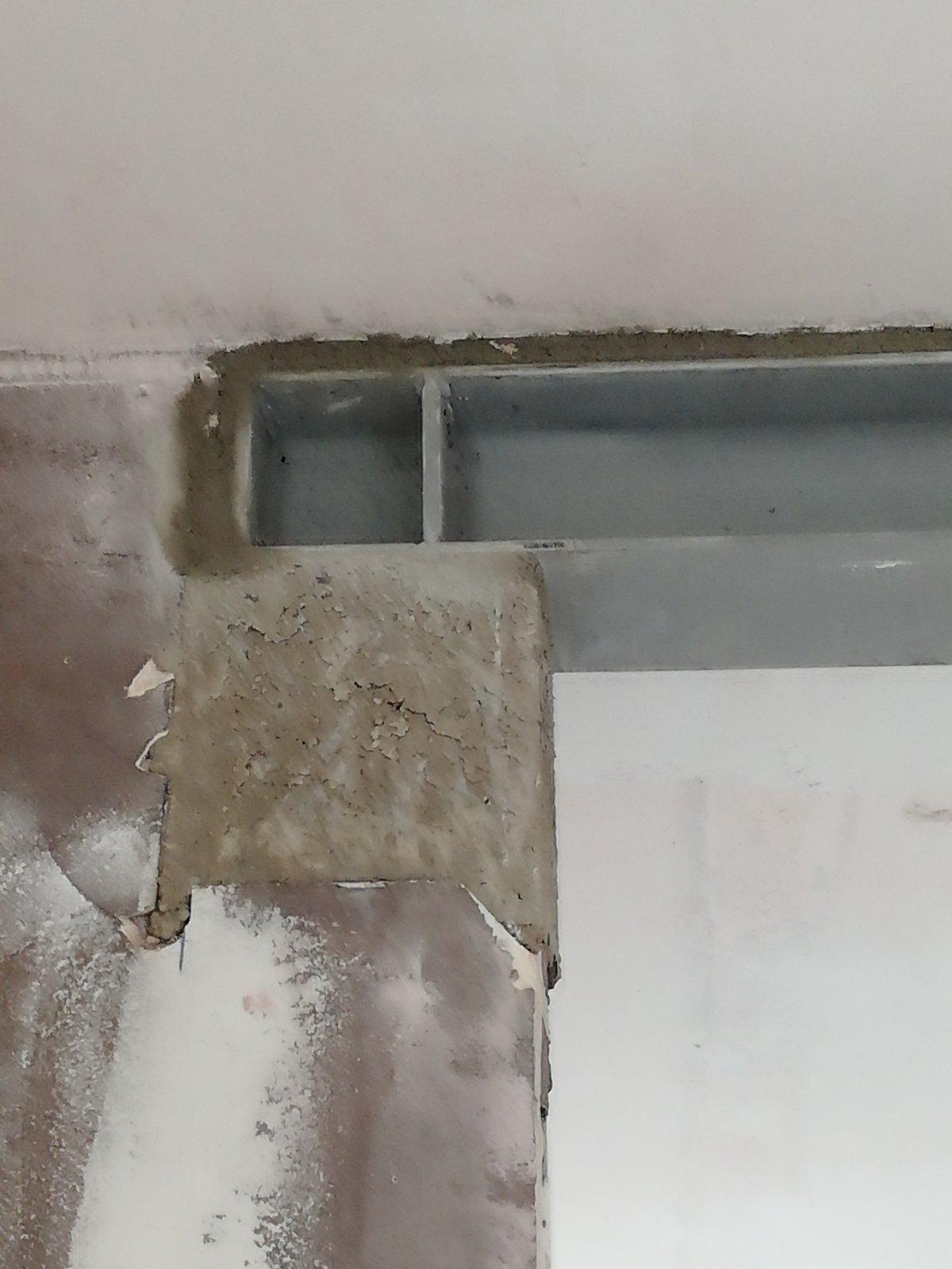 Ouverture de mur porteur en briques dans une maison individuelle à Vallauris. Pose d'un IPN - Murs porteurs