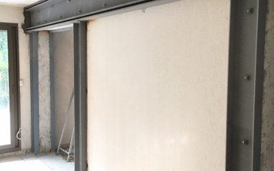 Ouvertures dans les murs porteurs et consolidation par structure métallique. Réalisation à Marseille