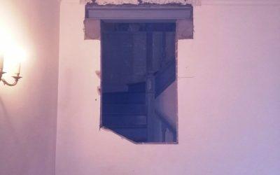 Ouverture d'une baie dans un mur porteur. Renforcement par structure métallique à Lagny-sur-Marne.